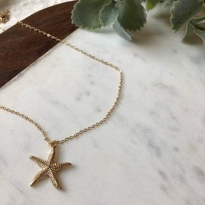 Jewelry - Starfish Pendant Drop Necklace